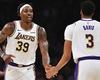 """Anthony Davis và Dwight Howard nói gì về màn """"va chạm"""" ngoài sân của Lakers?"""
