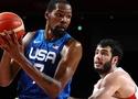 Tuyển bóng rổ Mỹ ngược dòng thành công, hiên ngang vào bán kết Olympic 2021