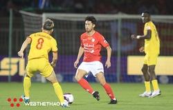 V.League 2021 tăng giá, vẫn kém xa Thai.League
