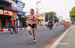 """Kết quả Tiền Phong Marathon 2021: """"Hảo thủ SEA Games"""" giữ ngôi thành công"""
