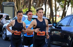 Những chàng trai marathon lấn sân bơi đạp chạy ở TRI-Factor Vietnam 2021