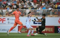 NÓNG: Hoãn cả 7 trận vòng 13, V.League lại điêu đứng vì COVID-19