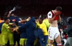 Arsenal đứt mạch 4 mùa liên tiếp lọt vào chung kết