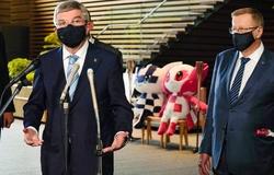 """Olympic Tokyo: VĐV """"tự lấy huy chương"""", có người nhà cổ vũ trực tuyến"""