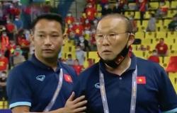 """""""Vì hình ảnh bóng đá Việt Nam, nên chăng ông Park bớt nóng tính"""""""