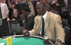 Michael Jordan ngượng chín mặt trên sòng bạc vì tiền bo