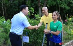 """BaDen Mountain Marathon lan tỏa thông điệp """"Bước chạy xanh"""" bảo vệ môi trường"""