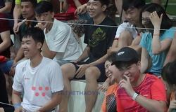 """Chùm ảnh giải Cầu lông CLB Toàn quốc năm 2021: """"Fan cứng nhất"""" là đây chứ đâu!"""