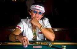 """Scotty Nguyễn - """"Hoàng tử poker"""" thú vị"""