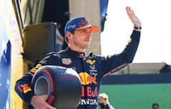 Verstappen thắng Hamilton chiếm pole F1 dù xe trục trặc