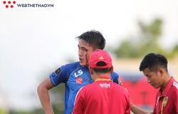 Tuyển thủ U22 Việt Nam đổ máu ở trận đấu Quảng Nam vs Đà Nẵng
