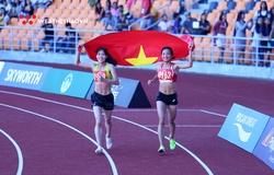 """Oanh """"ỉn"""" Bắc Giang vượt """"nhà vô địch chân đất quê Mỏ"""" giành HCV 5000m SEA Games 30"""