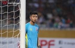Hai thủ môn tuyển thi nhau cứu thua trước sự chứng kiến của thầy Park