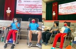 Tuyển điền kinh hiến máu ủng hộ miền Nam chống dịch COVID-19