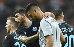 Thủ môn Lazio mắc sai lầm khủng khiếp ở Europa League