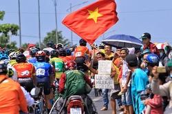 Những khoảng khắc ấn tượng chặng 22 giải đua xe đạp tranh Cúp truyền hình HTV 2021