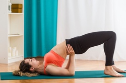"""3 kiểu tập đẩy hông """"Hip Thrust"""" cho phần thân dưới săn chắc, gợi cảm"""