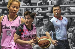 Trọng tài Lê Lư Đăng Khoa dừng còi tại giải bóng rổ VĐQG 2021