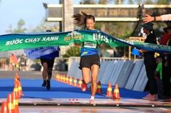 """Tuyển thủ SEA Games """"chạy sô giải"""" dày đặc vẫn đăng quang BaDen Mountain Marathon"""