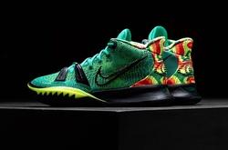 """Nike ra mắt bộ đôi Ky-D: Khi Kevin Durant và Kyrie Irving cùng """"xào nấu"""" giày bóng rổ"""