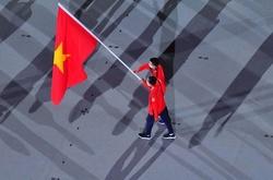 Tự hào và biết ơn khi vinh dự cầm cờ Việt Nam tại lễ khai mạc Olympic 2021