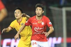 Khoảnh khắc Lee Nguyễn tái xuất V.League sau tròn một thập kỷ
