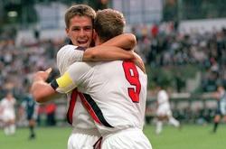 Top 50 bàn đẹp nhất lịch sử World Cup: Michael Owen làm sững sờ thế giới
