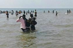 Ibrahimovic được thưởng HĐ mới, CLB Uganda gặp tai nạn lật thuyền