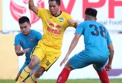 Các CLB bước vào tập luyện, V.League 2021 khi nào trở lại?