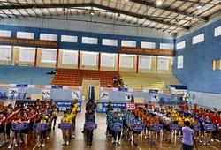 Giải bóng chuyền hơi TCT toàn quốc lần thứ VII năm 2020 Cúp Động Lực tiếp nối thành công khu vực phía Nam