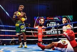 Cú chọc bụng KO giúp cặp song sinh Charlo tiếp tục bá chủ hạng cân trung WBC