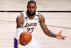 Lakers thua đau Game 3, LeBron James bực tức rời sân khi còn chưa hết trận