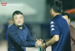 """Giúp Viettel lên đỉnh V.League, HLV Việt Hoàng """"bỏ phiếu"""" Hà Nội FC vô địch"""