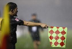 Trưởng ban Trọng tài VFF: Trời mưa nên trọng tài sai