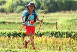 Cô gái Hà Nội trở thành chân chạy nữ Việt Nam đầu tiên dẫn đầu Asia Trail Master