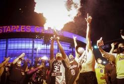 """Sau chức vô địch của Lakers, thành phố Los Angeles biến thành """"siêu ổ dịch"""" COVID-19"""