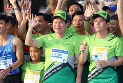 Bí thư Tỉnh ủy - Chủ tịch tỉnh Hậu Giang hoàn thành Mekong Delta Marathon cùng hơn 7000 VĐV