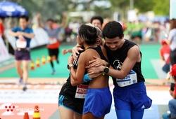 Vui mừng, thất vọng và muôn vàn cảm xúc tại vạch đích Mekong Delta Marathon 2020