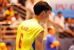 Ngô Văn Kiều chuyên tâm cho công tác huấn luyện tại vòng II giải bóng chuyền VĐQG