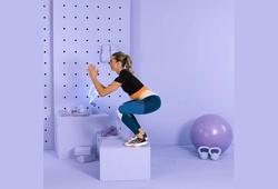4 động tác tập bổ trợ tại nhà cho chân khỏe, chạy nhanh