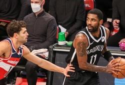 Thách thức NBA, Kyrie Irving tiếp tục nói không với báo chí