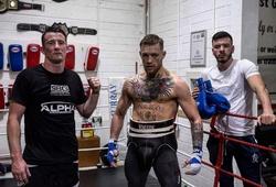 Conor McGregor ra tay cứu phòng tập đồng đội khỏi đóng cửa vĩnh viễn