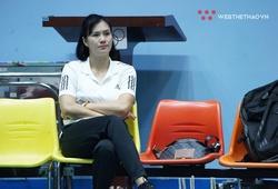 Trò chuyện cùng HLV Phạm Kim Huệ trước mùa giải: Khó khăn đấy, nhưng chúng tôi càng quyết tâm