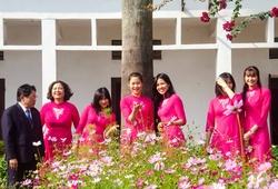 Dàn sao Á quân bóng chuyền nữ 2020 tươi tắn bên tà áo dài
