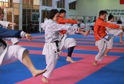 """""""Nội địa hóa"""" và dừng chuyên gia ngoại, Karate Việt Nam đặt mục tiêu gì cho 2021?"""