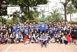 Hanoi Buffaloes tặng cột rổ cho trường Hữu Nghị 80