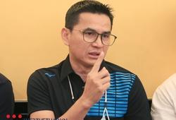 HLV Kiatisuk: Tôi không chê bóng đá Việt Nam kém phát triển hơn Thái Lan