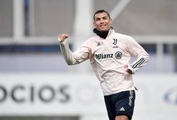 """Xem Ronaldo """"mở hàng"""" năm mới bằng bàn thắng đẹp mắt"""