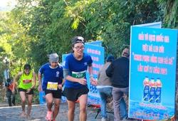 """""""Nữ hoàng marathon SEA Games"""" Phạm Thị Bình có danh hiệu đầu tiên sau 7 năm giải nghệ"""