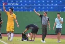 Sau một thập kỷ, Kiatisuk chào sân V.League